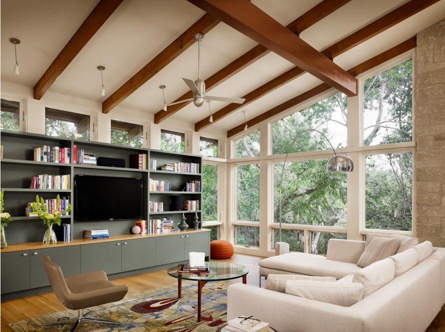 Декоративные балки в интерьере - современный стиль